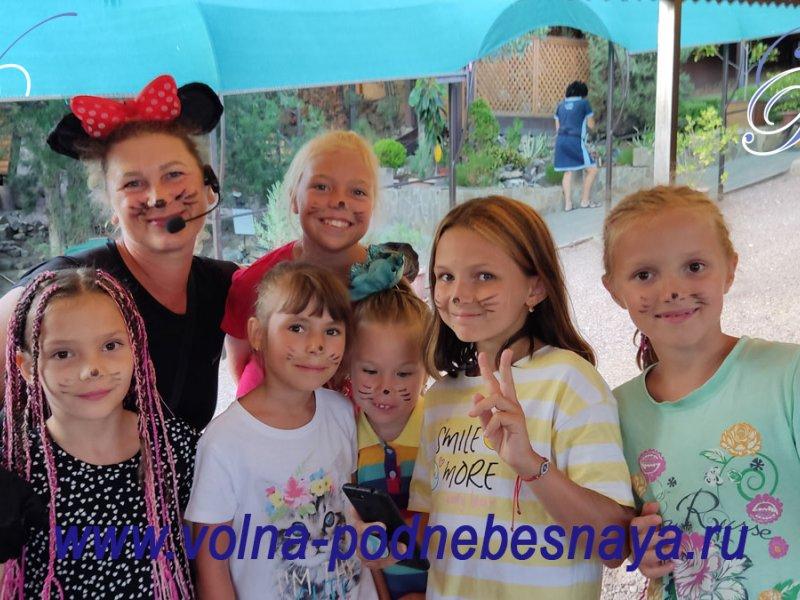 Персонажи детских праздников в ВОЛНЕ Поднебесной в Канаке (Канакской балке).